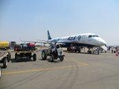Samolot w porcie lotniczym